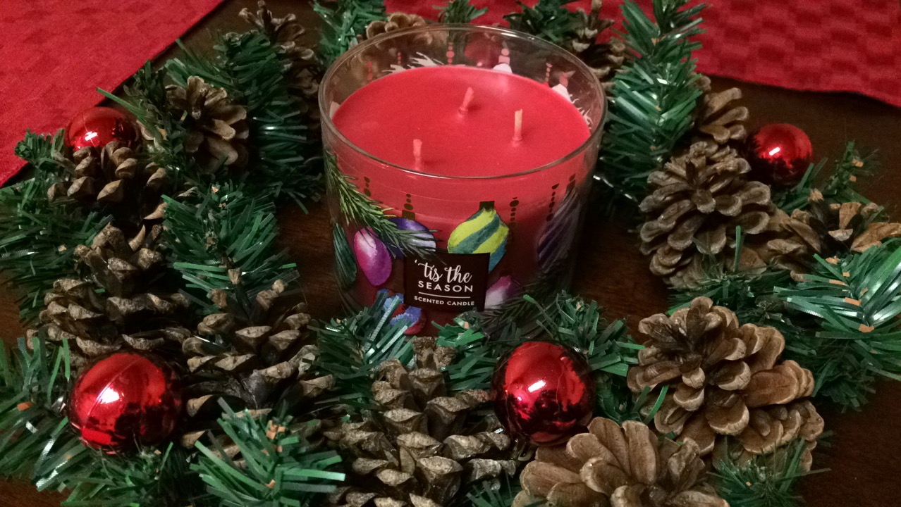 [DIY – Christmas candle centerpiece for only $2 or less!]